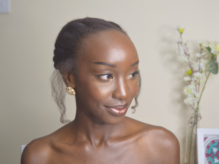 Glowy Dewy Makeup on Dark Skin Woman